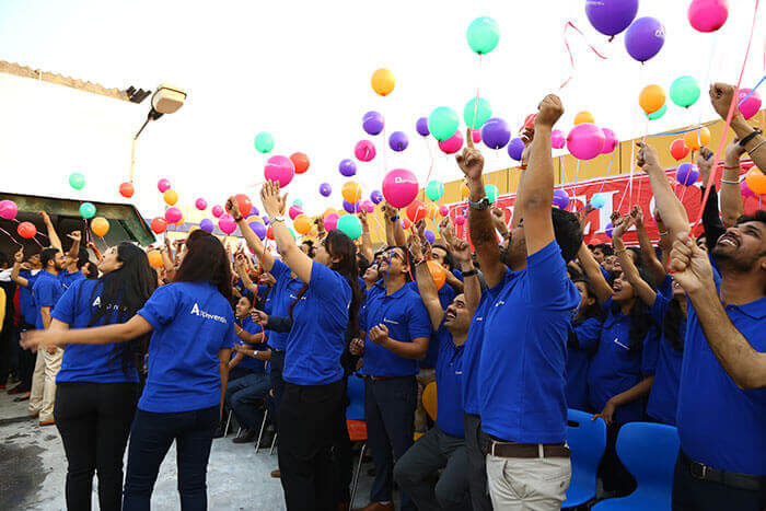 Enter Balloons.