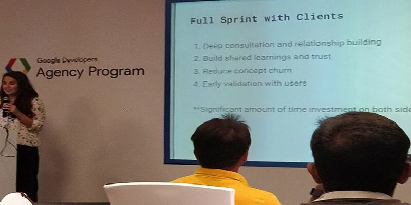 The Trainer elaborating the steps of a full Sprint